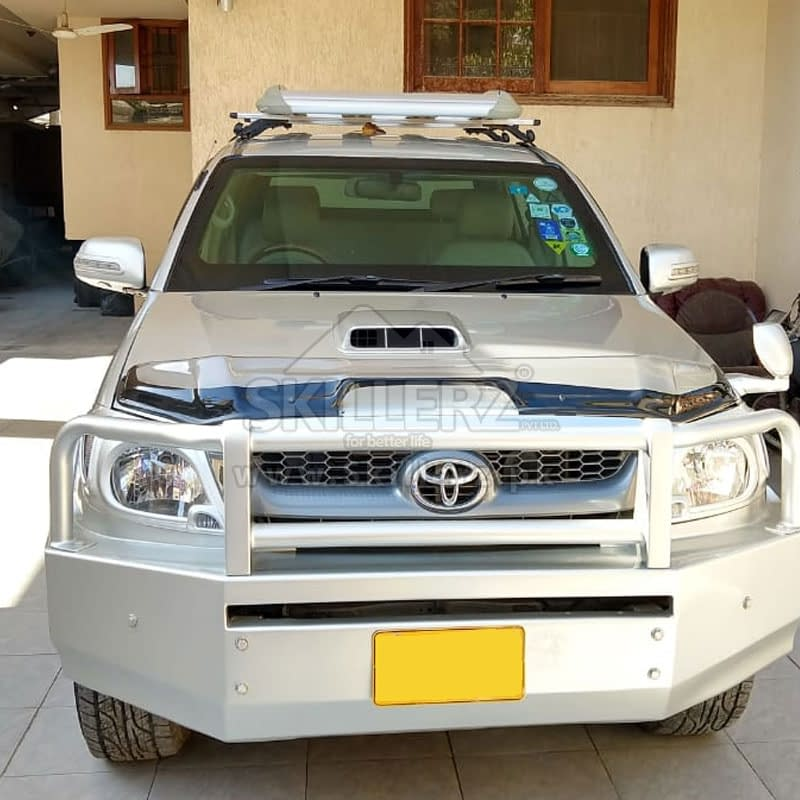 Car Detailing Toyota Hilux (1)