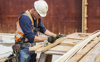 What To Look For When Hiring A Carpenter