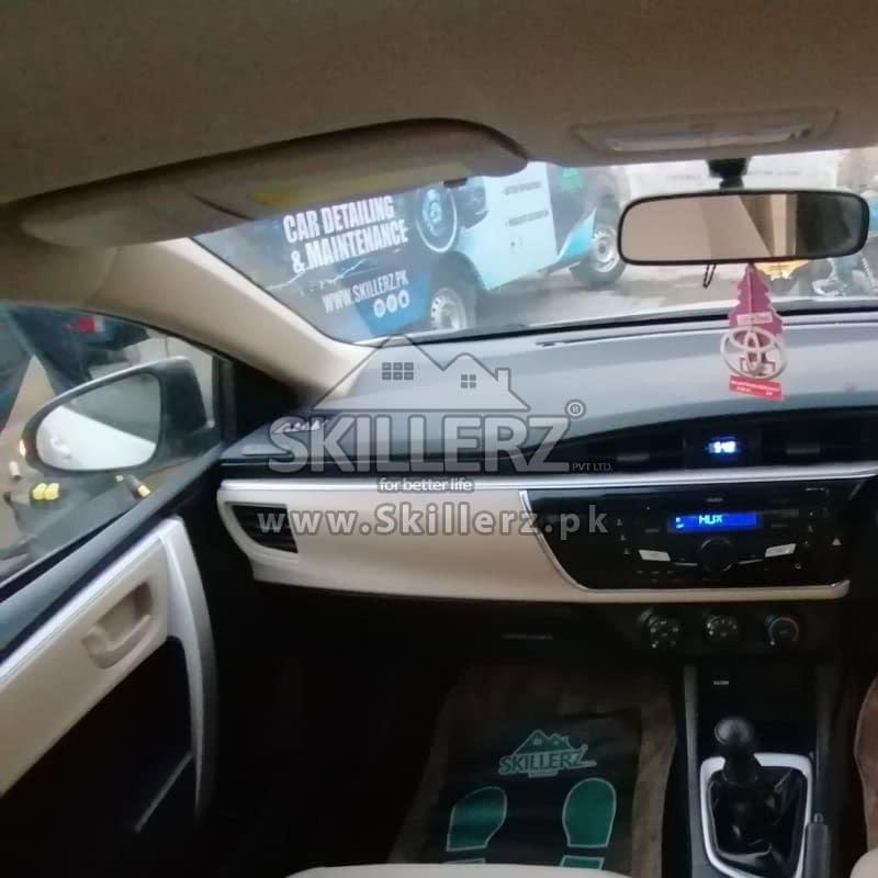 Car Detailing Toyota Corolla (1)